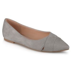 NWT JOURNEE COLLECTION WINSLO SUEDE FLATS 6.5